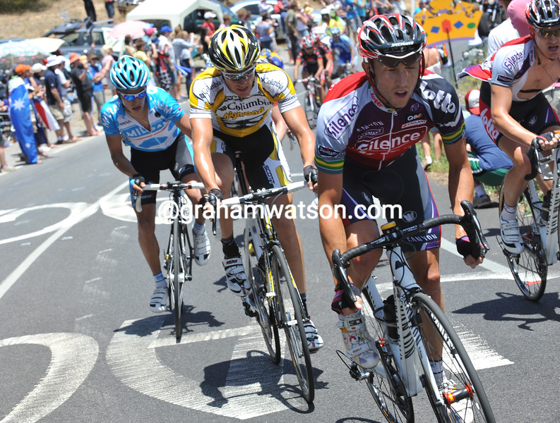 MATTHEW LLOYD MAKES AN ATTACKS IN THE 2009 TOUR DOWN UNDER