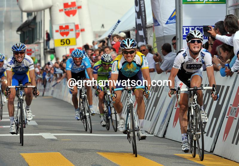 MATTI BRESCHEL WINS STAGE FOUR OF THE 2009 TOUR OF SWITZERLAND