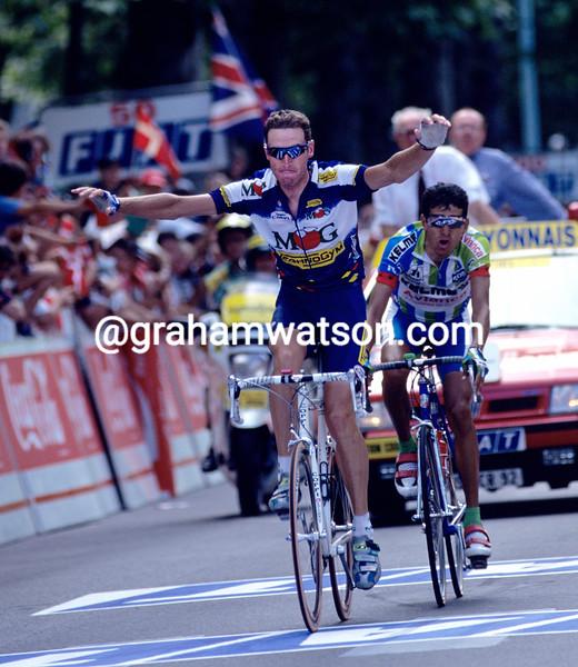 Max Sciandri wins a stage of the 1995 Tour de France