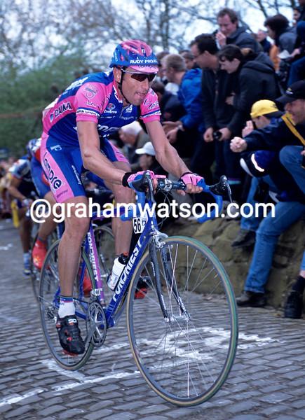 Max Sciandri in the 2001 Tour of Flanders