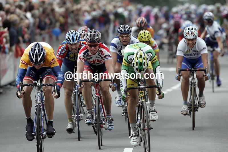Max Van Heeswijk (left) wins a stage of the 2004 Eneco Tour