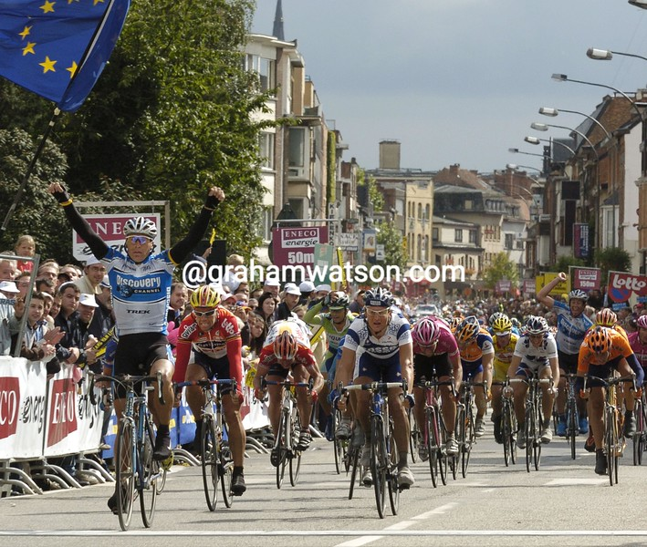 Max Van Heeswijk wins a stage of the 2005 Eneco Tour into Hasselt