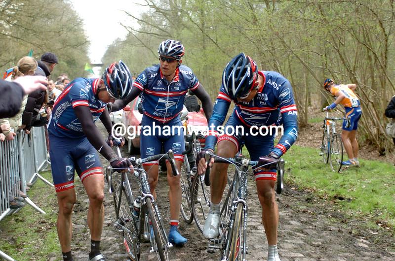 Max Van Heeswijk crashes in the 2004 Paris-Roubaix