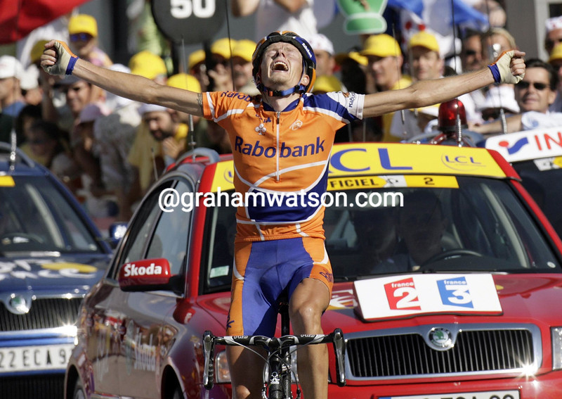 MICHAEL RASMUSSEN WINS STAGE SIXTEEN TO LA TOUSSUIRE IN THE 2007 TOUR DE FRANCE