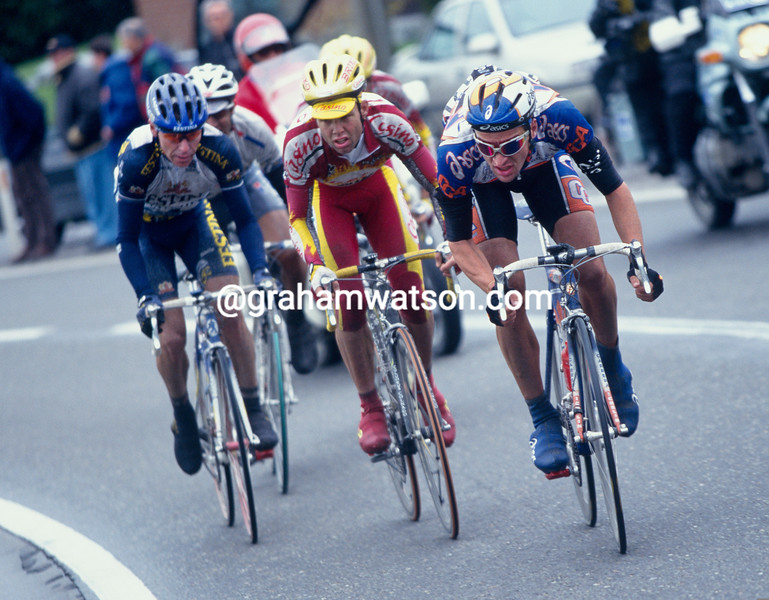 Michele Bartoli in the 1999 Tour of Flanders