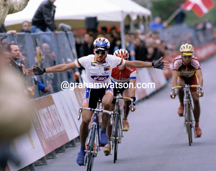 Michele Bartoli in the 1998 Amstel Gold Race