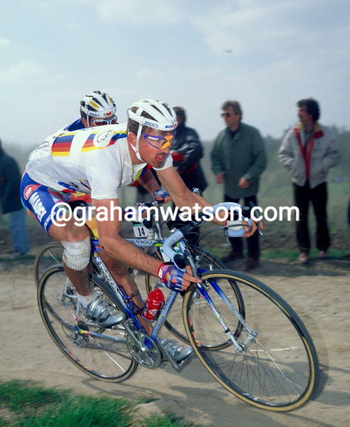 Johan Museeuw in the 1995 Paris-Roubaix