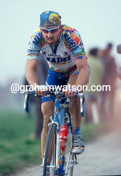 Johan Museeuw in the 2000 Paris-Roubaix