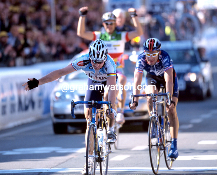 JOHAN MUSEEUW IN THE 2002 TOUR OF FLANDERS