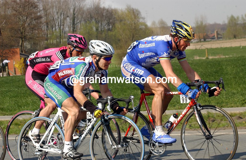 Johan Museeuw and Roger Hammond in the 2003 Ghent-Wevelgem
