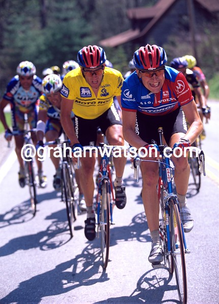 Axel Merckx leads Lance Armstrong in the 1996 Tour du Pont