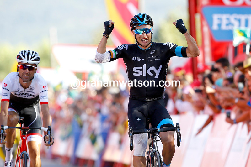 Nicholas Roche wins stage eighteen of the 2015 Tour of Spain