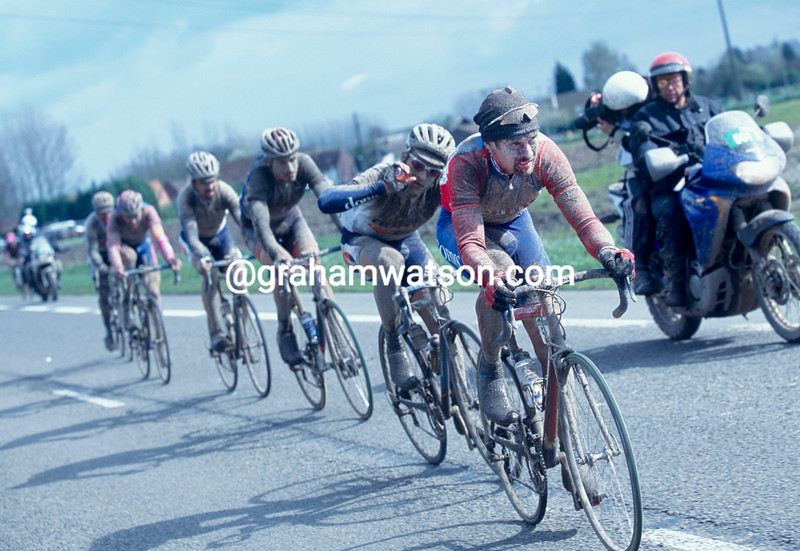 Nico Mattan in the 2001 Paris-Roubaix