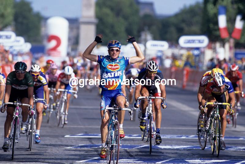 Nicola Minali wins a stage of the 1997 Tour de France