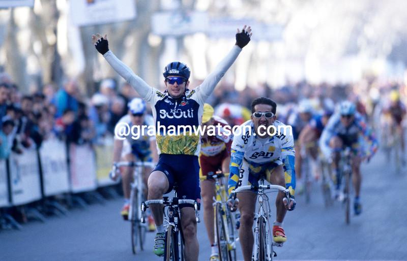 Nicola Minali wins a stage of the 1998 Tour Mediterranean