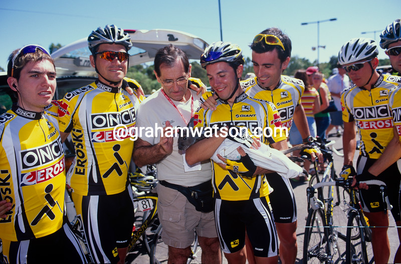 ONCE cyclists before a stage of the 2000 Tour Down Under