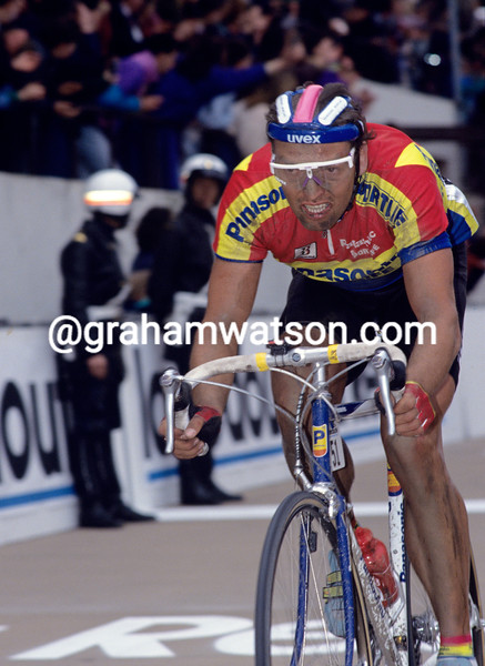 Olaf Ludwig in the 1990 Paris-Roubaix