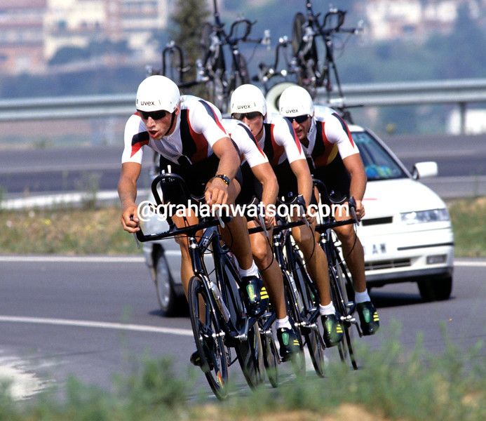 GERMANY WINNING THE TEAM TIME TRIAL IN THE 1992 OLYMPIC GAMES