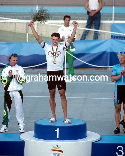 Jens Fiedler wins the sprint Gold medal at the 1992 Olympic Games