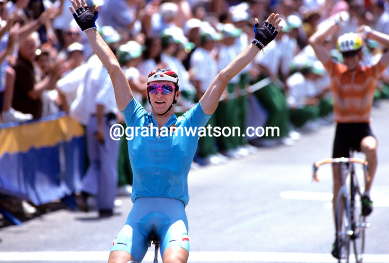 FABIO CASARTELLI WINS THE 1992 OLYMPIC GAMES ROAD RACE