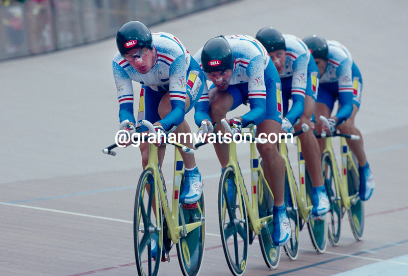 Philippe Ermenault leads the Franch team pursuit in the 1996 Olympic Games