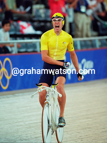 Bradley McGee celebrates his bronze medal in the 2000 Olympic Games individual pursuit