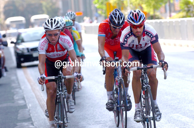 Bobby Julich escapes with Georg Totschnig n the 2004 Olympic Games road race
