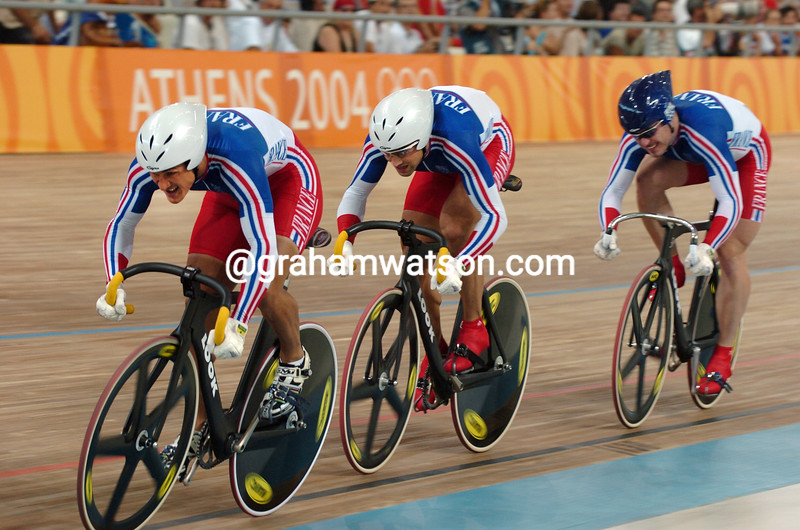 France races to bronze in the Olympic sprint in the 2004 Olympic Games