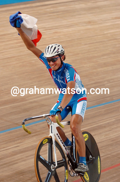 Mikhail Ignatiev wins the 2004 Olympic Games Mens Points race