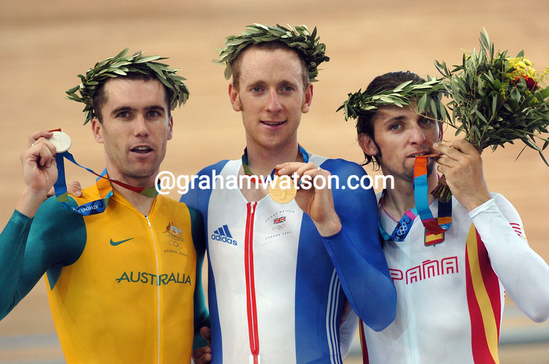 Bradley Wiggins with Sergio Escobar and Bradley McGee in the 2004 Olympic Games Pursuit