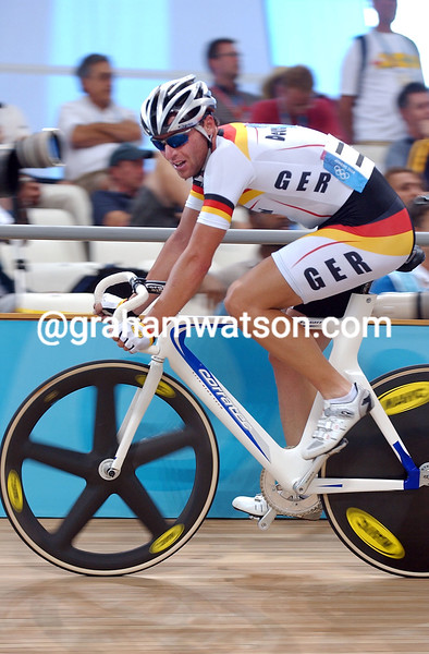 Guido Fulst in the 2004 Olympic Games Mens Points race
