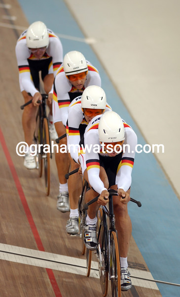 Germany races to 4th place in the team pursuit in the 2004 Olympic Games
