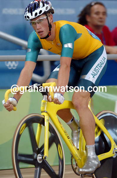 Mark Renshaw in the 2004 Olympic Games Mens Points race