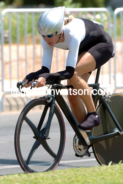 KAREN THURIG IN THE 2004 OLYMPIC GAMES TIME TRIAL