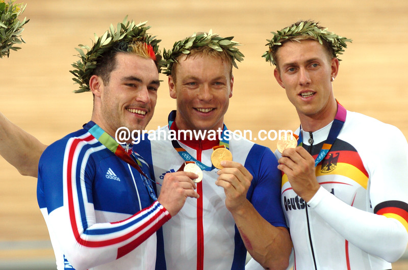 CHRIS HOY WITH ARNAUD TOURNANT AND STEFAN NIMKE AFTER THE 2004 OLYMPIC GAMES 1-KILO TT