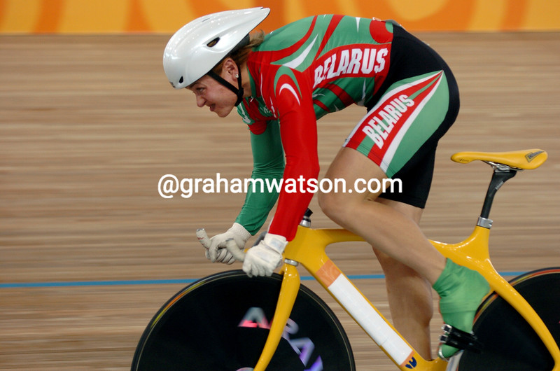 Natalia Tsylinskaya races to bronze in thewomens 500-metre TT at the 2004 Olympic Games