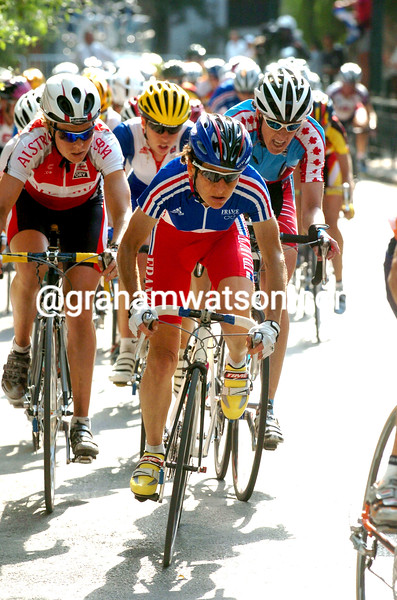 Jeannie Longo leads in the 2004 Olympic Games road race