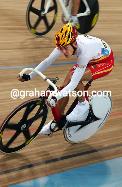 Joan llaneras in the 2004 Olympic Games Mens Points race
