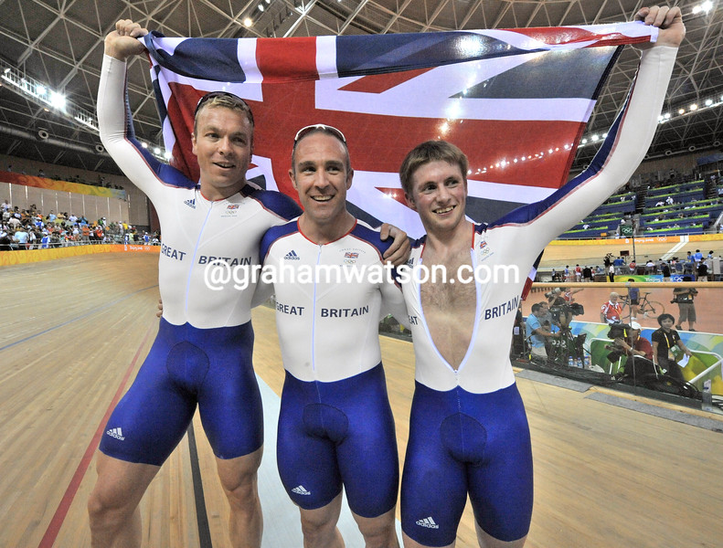 TEAM GB WIN THE MENS SPRINT AT THE 2008 OLYMPIC GAMES
