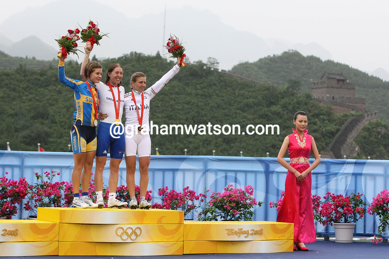 NICOLE COOKE, EMMA JOHANSSON AND TATIANA GUDERZO AT THE 2008 OLYMPIC GAMES