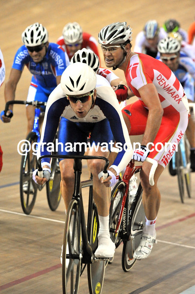 BRADLEY WIGGINS IN THE MADISON RACE AT THE 2008 OLYMPIC GAMES