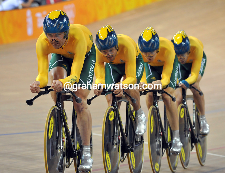 AUSTRALIA IN THE TEAM PURSUIT AT THE 2008 OLYMPIC GAMES