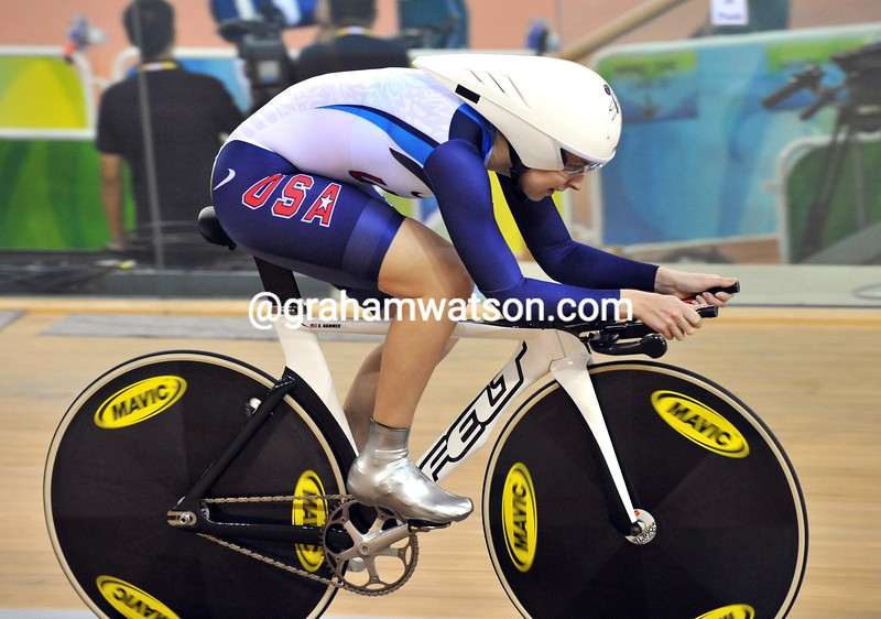 SARAH HAMMER IN THE PURSUIT AT THE 2008 OLYMPIC GAMES