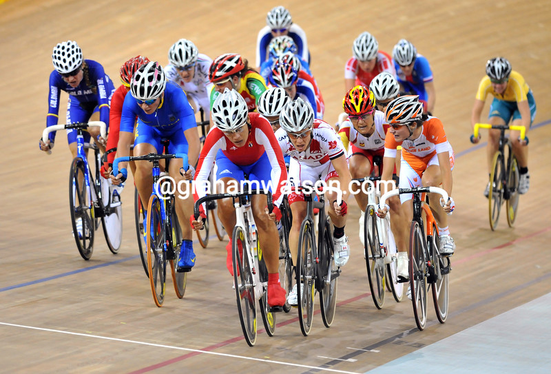 THE WOMENS POINTS RACE AT THE 2008 OLYMPIC GAMES