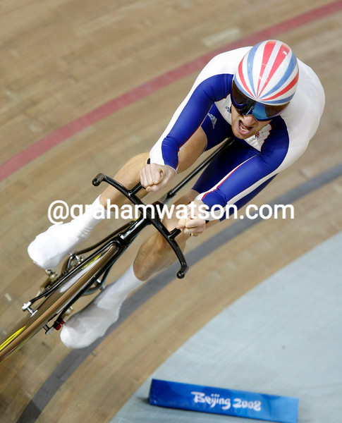BRADLEY WIGGINS IN THE MENS PURSUIT AT THE 2008 OLYMPIC GAMES