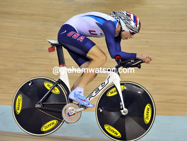 TAYLOR PHINNEY IN THE PURSUIT AT THE 2008 OLYMPIC GAMES