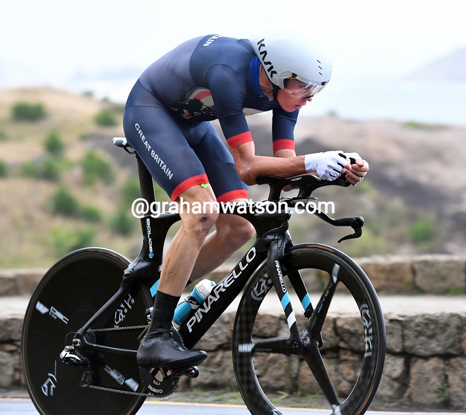 "Chris Froome took 3rd place and the bronze medal, 1' 02"" down"