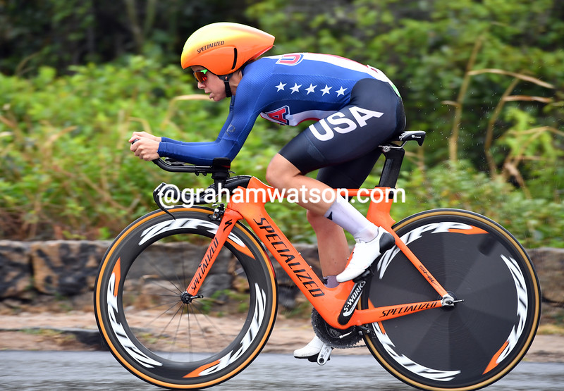 "Evelyn Stevens was 10th at 1' 33""..."
