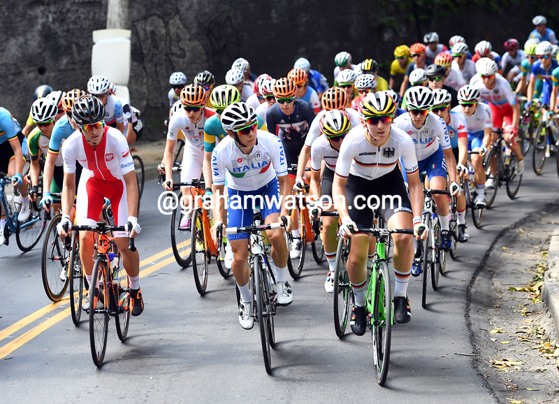 The womens race starts its first climb with Italy, Germany and Poland leading the way