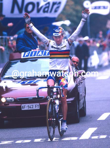 Oscar Camenzind in the 1998 Giro di Lombardia